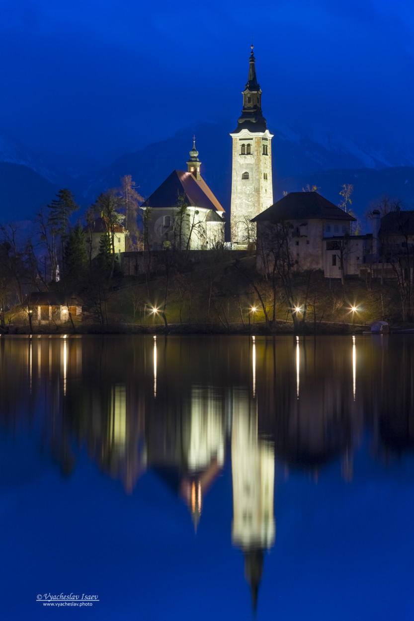 Church_on_the_island_of_bled_lake_by_vyacheslav